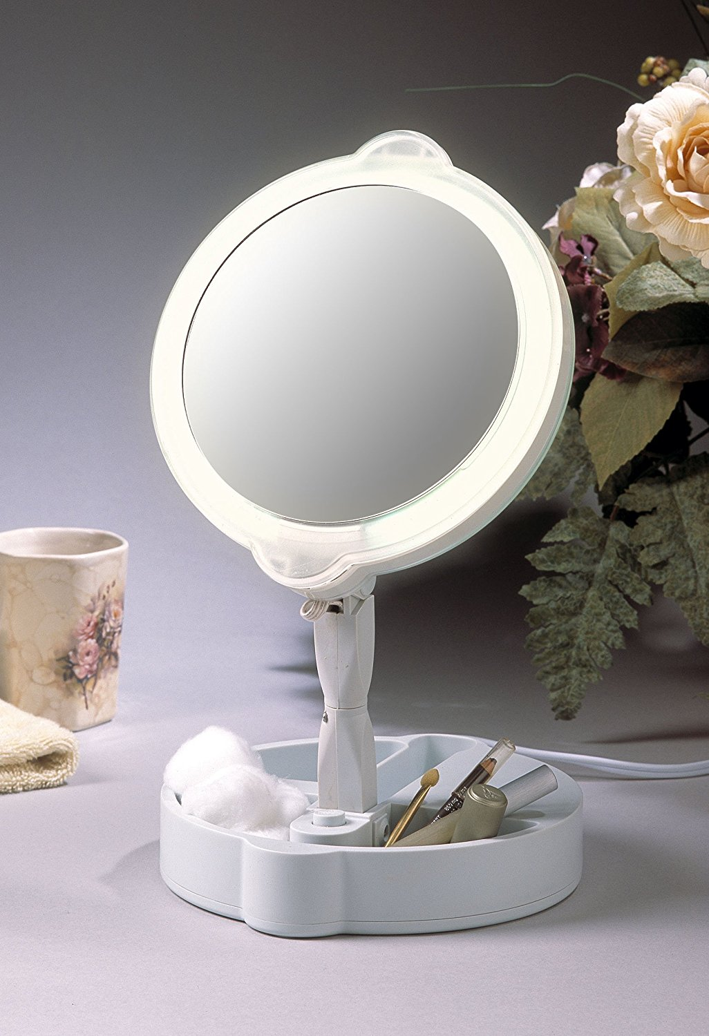 Home travel 9x 1x folding lighted cosmetic mirror 1