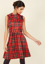 Thumb medium coach tour a line dress in crimson plaid