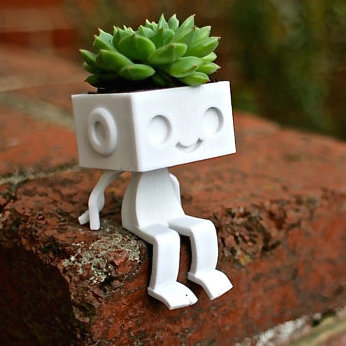3dprinted cute robot succulent planter  sitting4