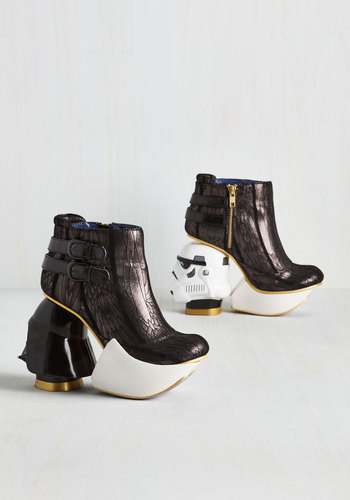 The empire struts back booties4