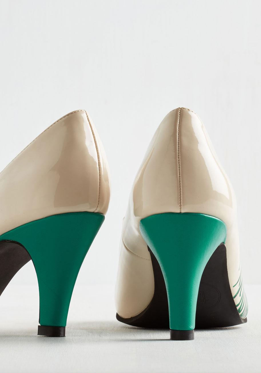 Proudly posh heel in ivory1