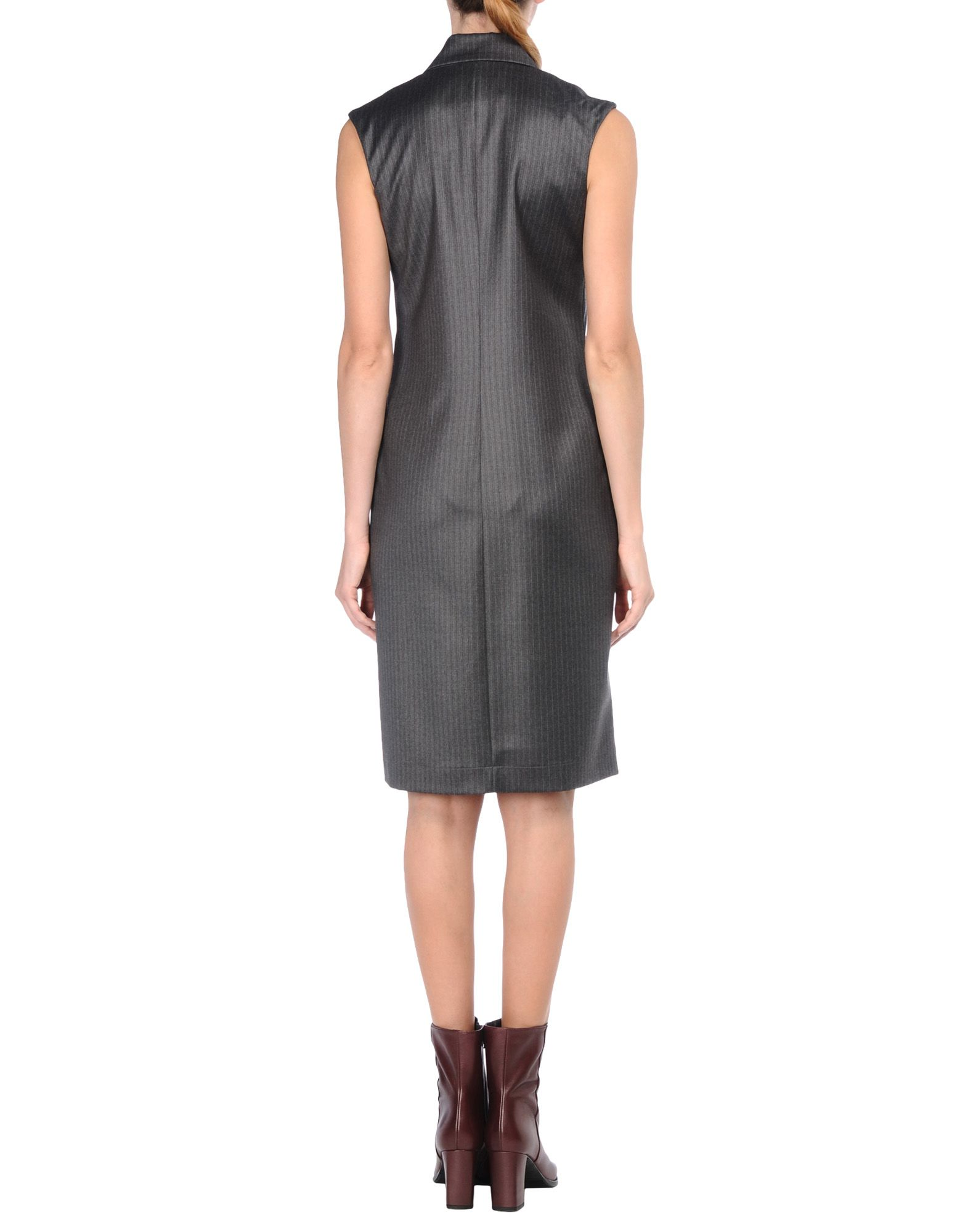 Knee length dress 3