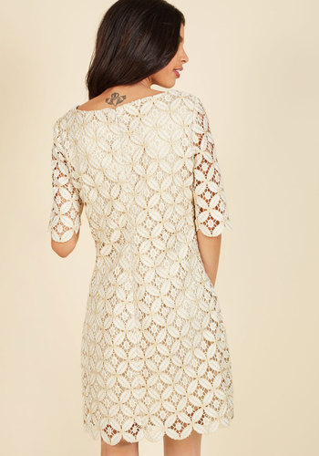 Lusting for luxe lace dress 1