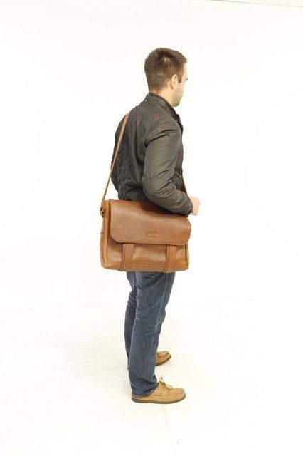 Leather portfolio by qara