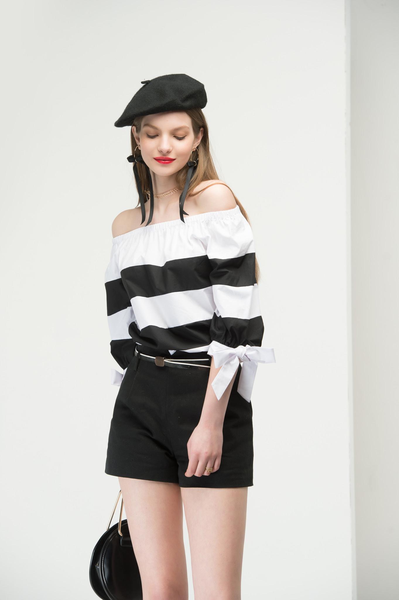 Black belted shorts2