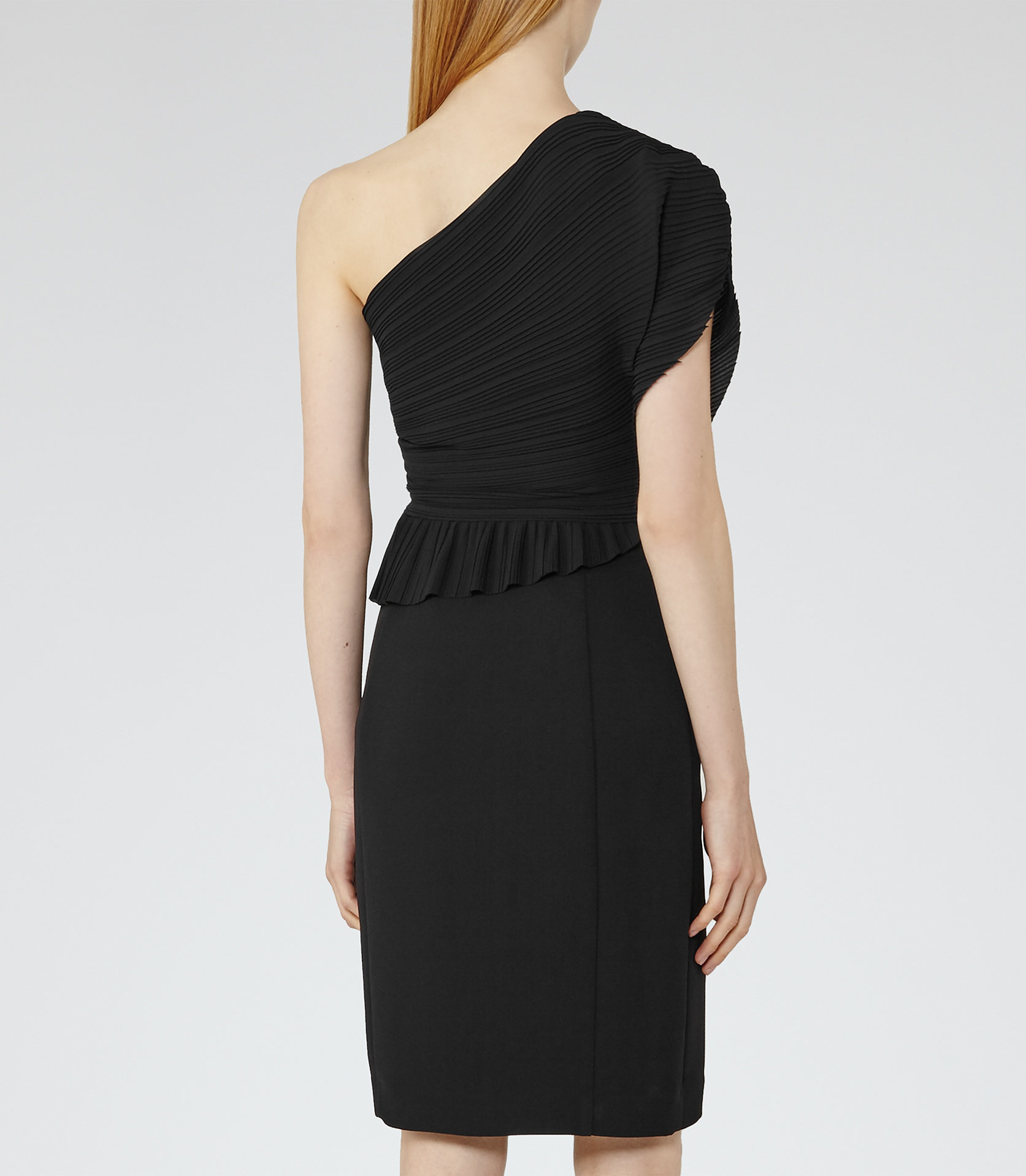 Jesse black dress3