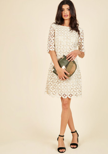 Lusting for luxe lace dress 3