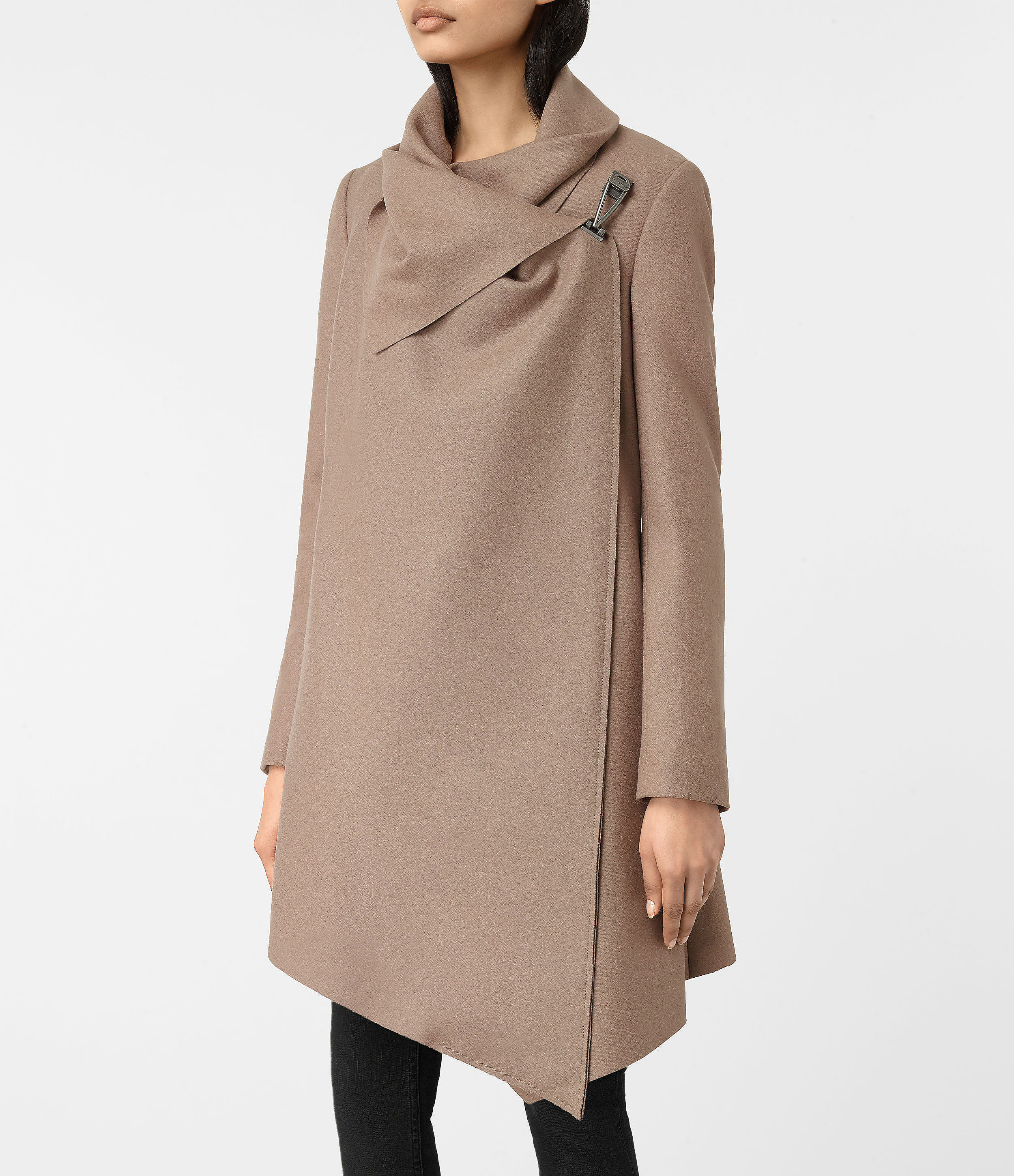 City monument coat 3